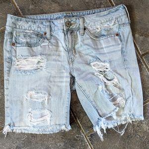 AE jean shorts size 6